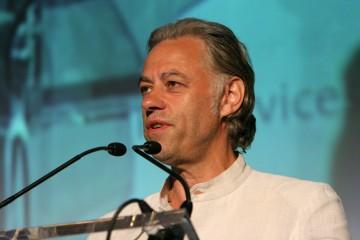 Bild zu Bob Geldof und der Welthepatitistag